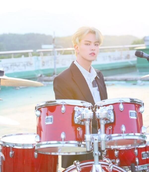 THE ROSE Band profile 4 thành viên: chiều cao, năm sinh, tiểu sử Hajoon