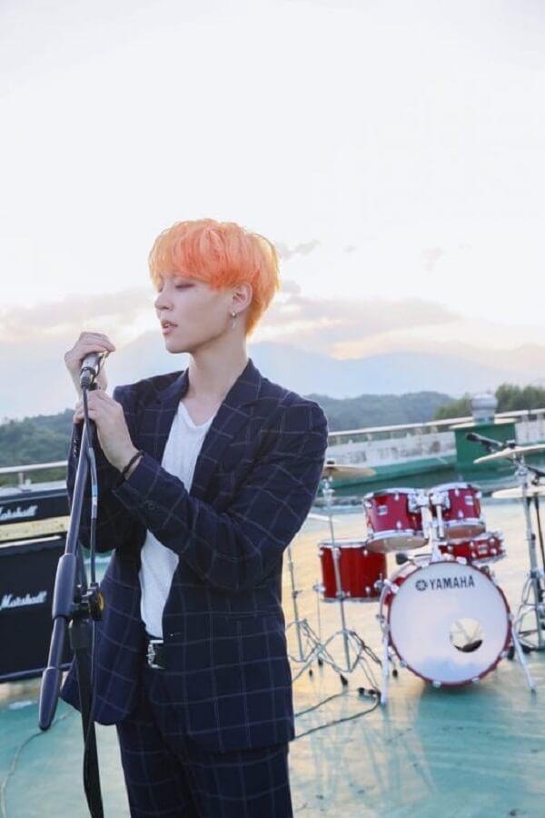 THE ROSE Band profile 4 thành viên: chiều cao, năm sinh, tiểu sử Woosung