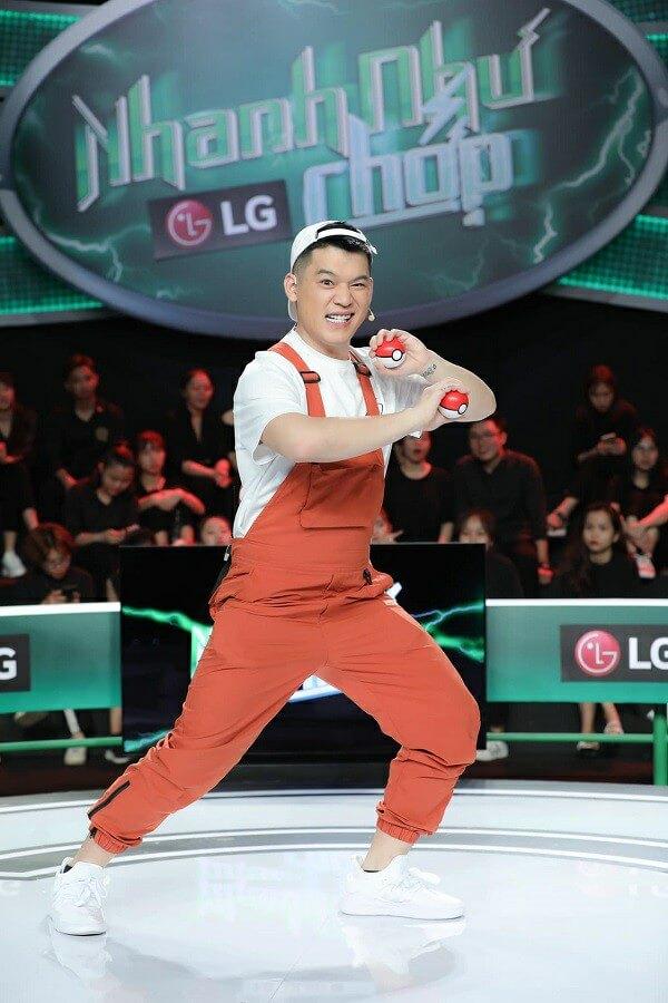 Long Chun là ai? Tiểu sử, profile wiki của HOT tiktoker 1