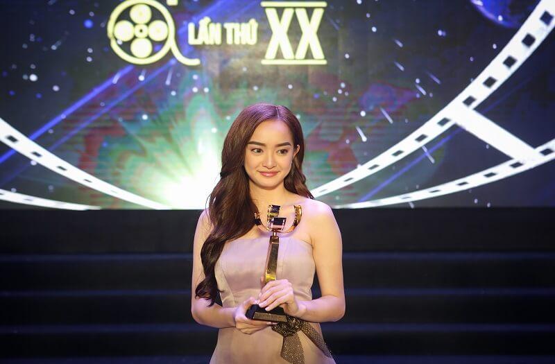 Kaity Nguyễn và giải thưởng của cô