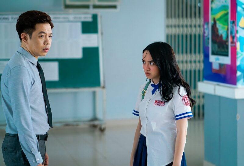 Cô và diễn viên Thái Hòa trong phim Hồ Papa da con gái