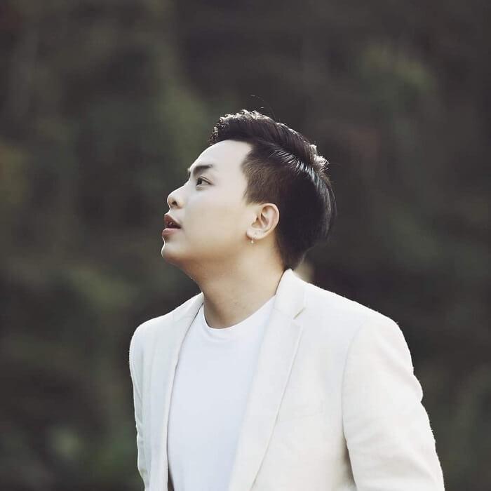Sự nghiệp ca hát của Hứa Kim Tuyền