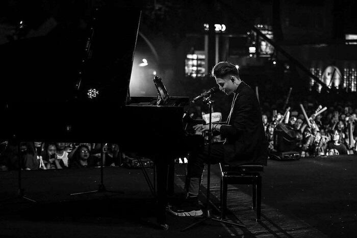 Con đường sự nghiệp âm nhạc của Thăng Bình